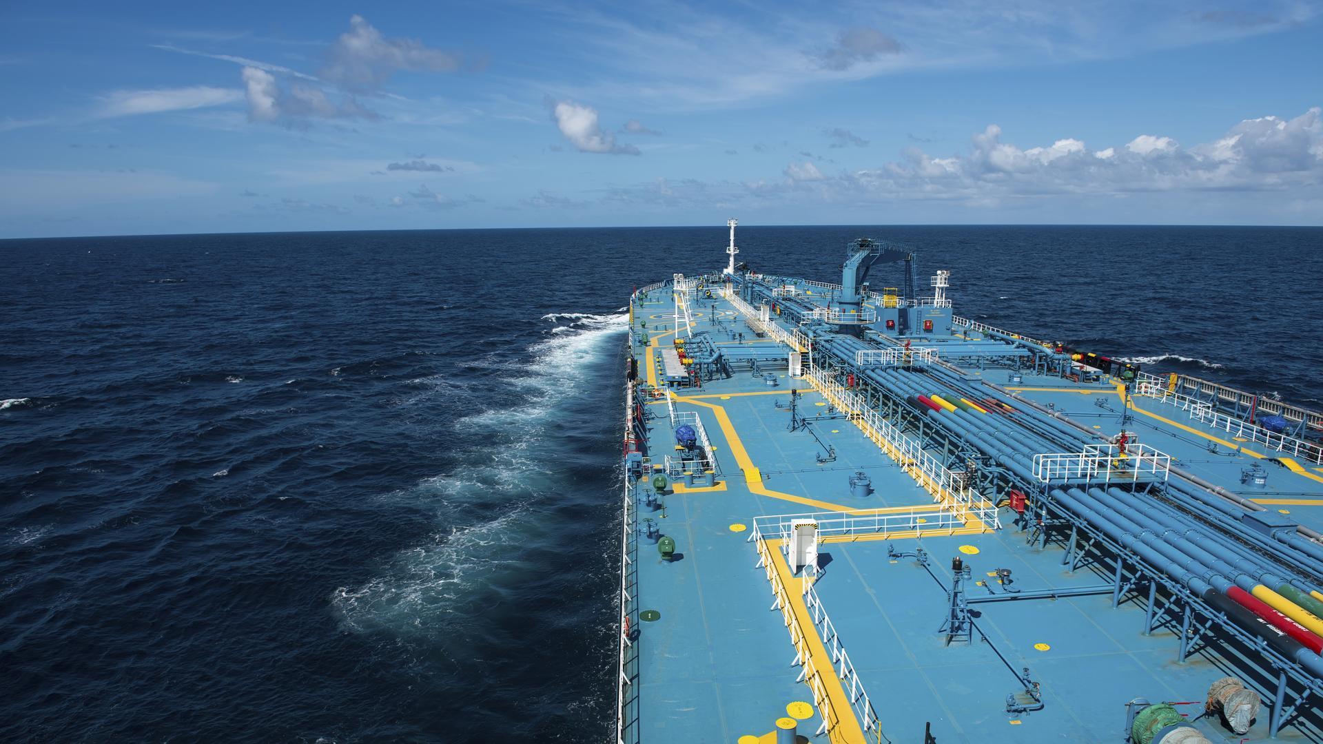 CroppedFocusedImage1920108056-40-ship-tanker3