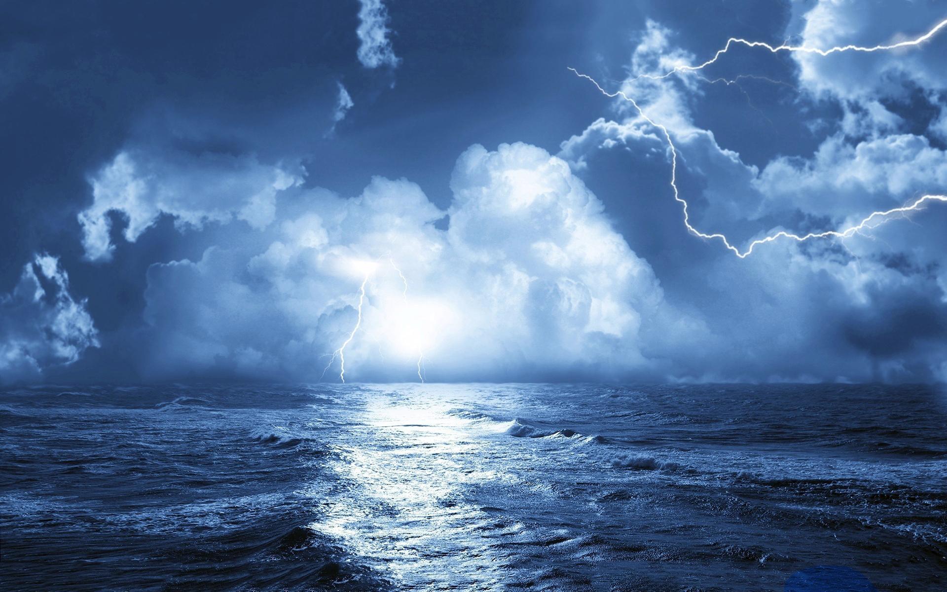storm-over-sea